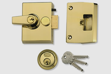 Nightlatch installation by Edmonton master locksmith
